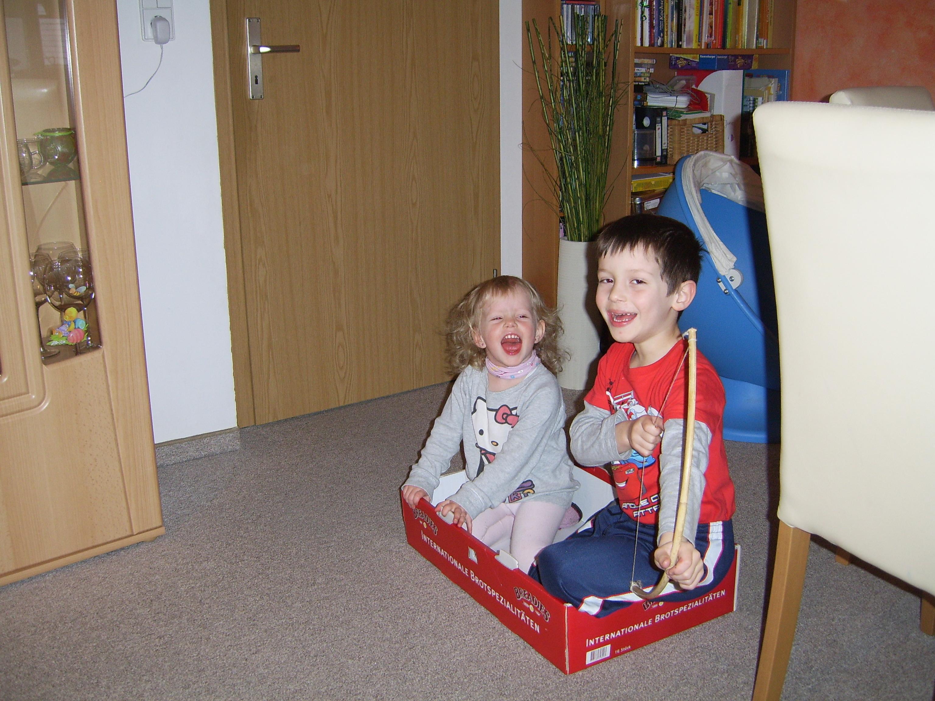 Frisch eingekauft: 2 Kids, Netto, Sonderangebot.